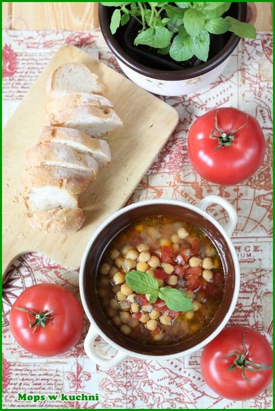 Mops W Kuchni Blog Archive Zupa Z Ciecierzyca Pomidorami I Swieza