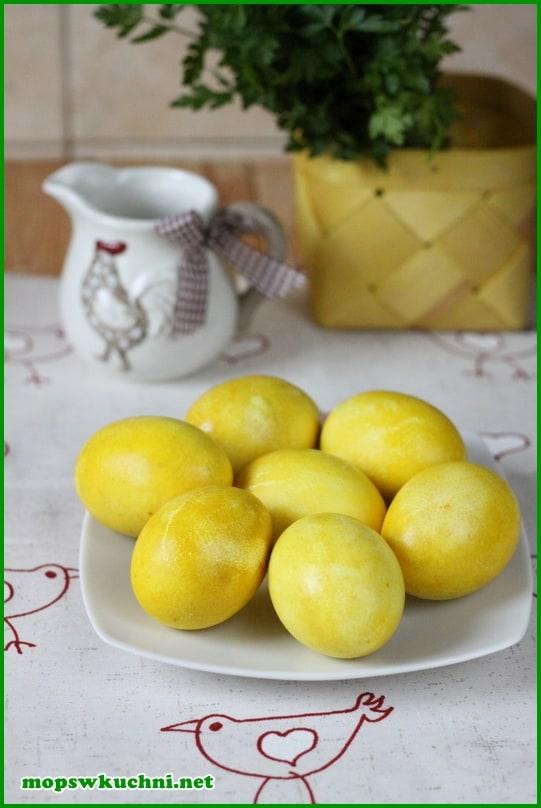 Mops W Kuchni Blog Archive Jajka Farbowane Na żółto W
